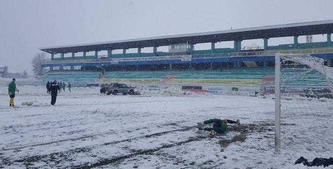 Stadionul Areni Suceava pe zapada 1